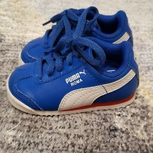 PUMA sneakers, size 3